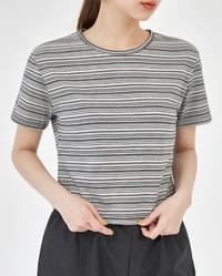 looking stripe crop T
