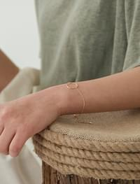 daily simple circle bracelet