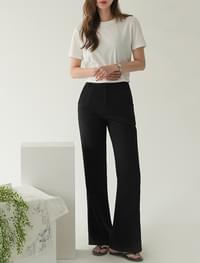 semi boots-cut basic slacks