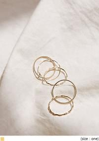DAWOOD THIN GOLD RING 5 SET