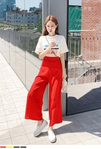 Cool-filled linen slacks