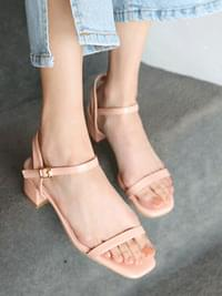 First love strap sandals 2,4,6cm