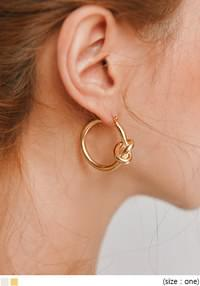 TUBBLE ANTIC TWIST RING EARRING