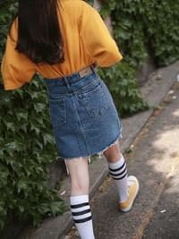 Two-color basic denim skirt