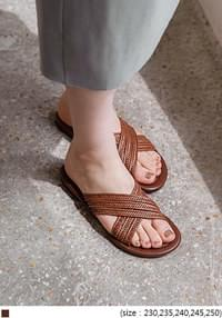 LOYT BROWN RATTAN SLIPPER - 2 TYPE