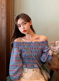 Blendy off shoulder blouse