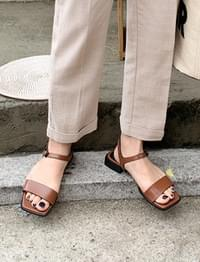 Bind simple basic sandal_K