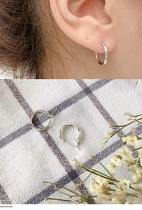 Basic silver ring earrings