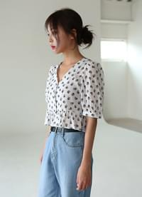 Flower V neck blouse