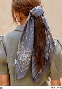 TOLLING ETHNIC PATTERN SCARF