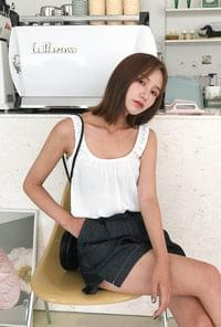 Shearing ribbon strap Sleeveless