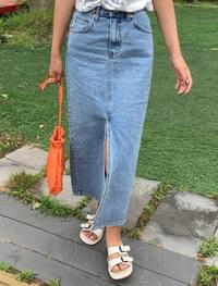long slit slim fit denim skirt