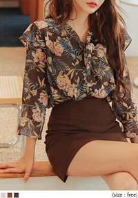 WENDYS FLOWER FRILL TIE BLOUSE