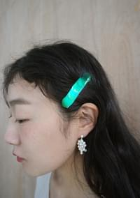 kitsch color point hairpin