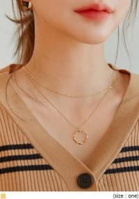 O RING GOLD LAYERED NECKLACE