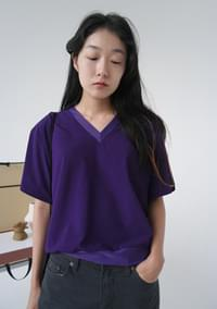 flexible cool V-neck top (3colors)