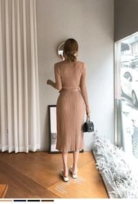 Fit Pretty Round Golgi Dress