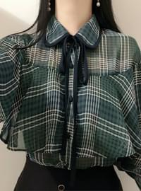 Check cape ribbonblouse