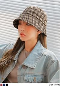 DIXON CHECK BUCKET HAT