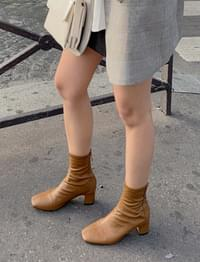 French Stitch Leather Ankle Boots