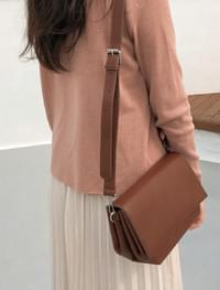 chic square shape bag