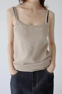 regular fit knit sleeveless top (2colors)