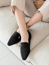 Taper loafers 1 cm
