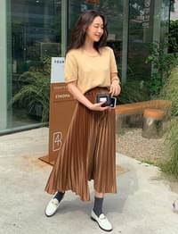 Glossy long pleats skirt_U