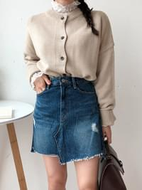 Unfooted washed denim skirt