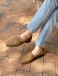 Tap suede classic loafer_C