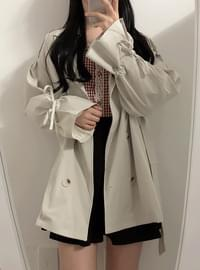 Parisian trench short coat