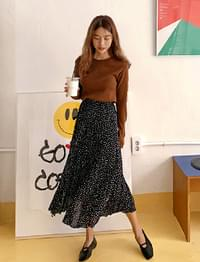 Calm dot long skirt_U