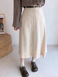 Horse stitch long skirt