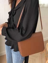 classic mood square bag