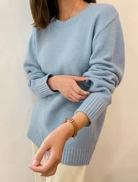 Daily pastel colored lamb wool knit
