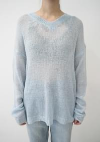 deep mood V-neck over-fit knit