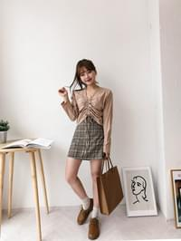 Maple A-line check skirt