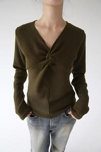 v neck shirring golgi top