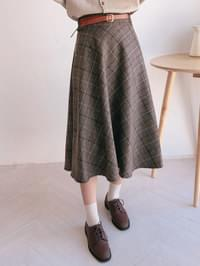 Diagonal check long skirt