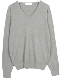 a gili v-neck knit
