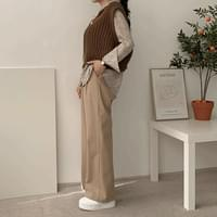 Dipping Pin Tuck Wide Pants