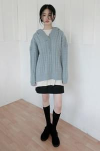 twist charming hood knit top