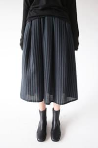 a vertical stripe skirts