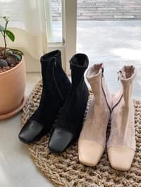 Deep Ankle Boots