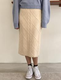 Twist Pattern Wool Knit Skirt-sk