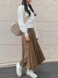 Pleated Cozy Pleated Skirt