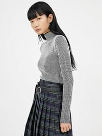 half-neck two tone golgi knit - woman
