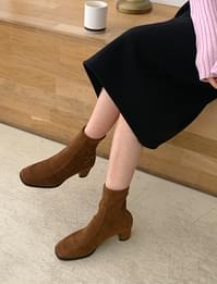 Lize middle heel boots_U (size : 225,230,235,240,245,250)
