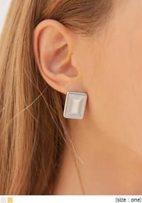 CLARIANG SQUARE EARRING