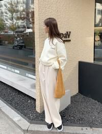 Lily punched knit bag